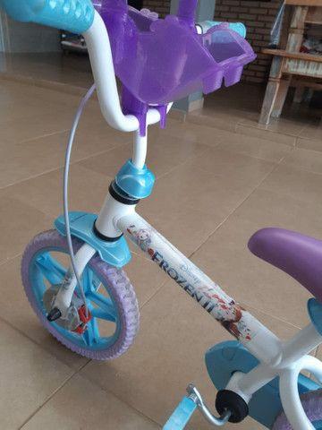 Bicicleta Frozen aro 12 - Foto 4