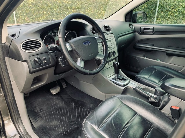 Ford Focus Sedan 2.0 2013 Automático - Foto 7