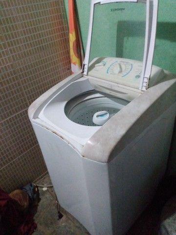 Máquina de lavar roupa Electrolux 9.k - Foto 4