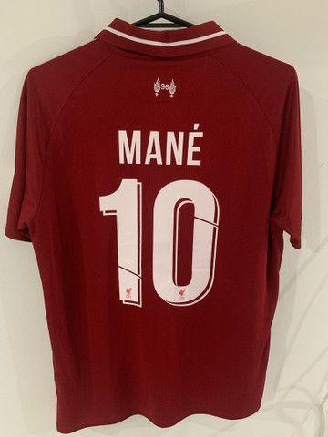 Camisa oficial Liverpool 2018 - Foto 2
