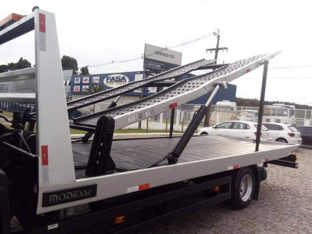 Ford Cargo 815 ano 2012 - Foto 5