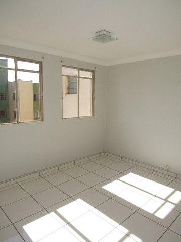 Apartamento para alugar com 3 dormitórios em Zona 03, Maringa cod:01165.001 - Foto 2