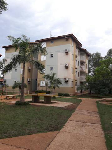 Apartamento de 3 quartos na 406 Norte por $ 800,00
