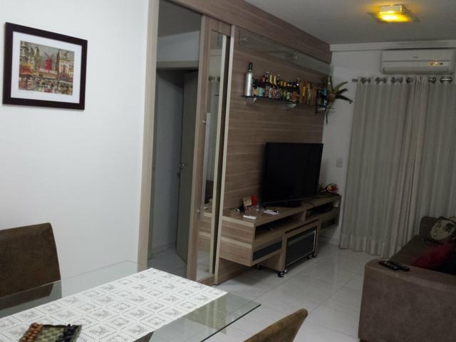 806 Sul, Apartamento 2/4, com mobília projetada e porcelanato