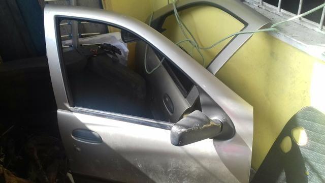 Portas dianteiras e as traseiras tambem do palio 98 com vidro elétrico