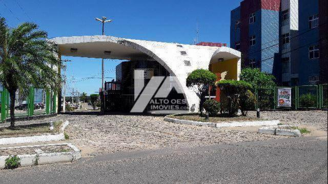 Apartamento no Villagio Veritá em Pitimbú, Natal - RN