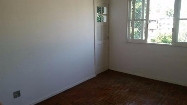 Aluga-se apartamento 2 Quartos 65m² - Próximo ao largo das Neves