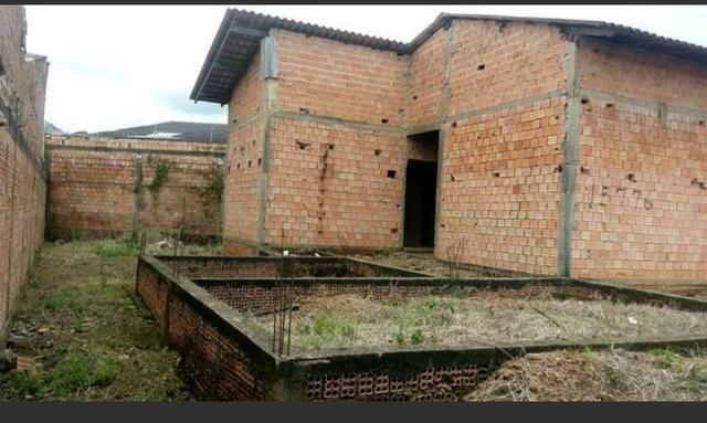 Casa inacabada proximo jatuarana