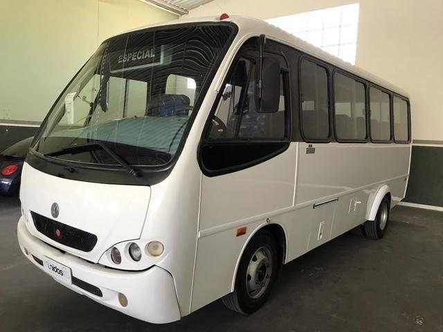 Micro-ônibus VW/COMIL 22 Lugares ano 2001 - Foto 6