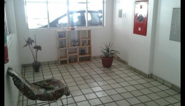 Vendo apartamento no Edificio Portal do Farol - Foto 10