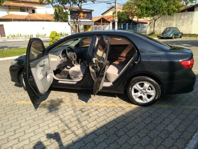Corolla 1.8 Flex GLi automático 2010 - Foto 18