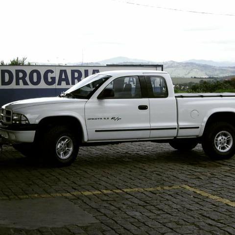 Vendo urgente Dodge Dakota R/T 5.2 V8 Cabine Estendida 2001