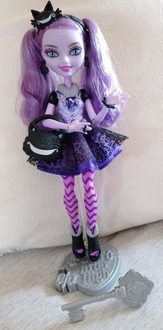 Boneca Ever After High Kitty Cheshire