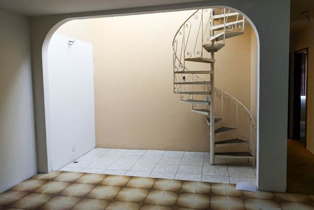 Casa Comercial 6 salas no Jardim Botânico para Alugar, Próx. Hospital da PM-PR [612.002] - Foto 13