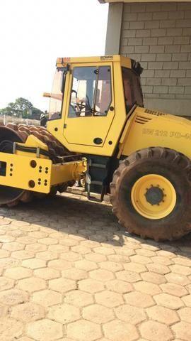 Serviços de Terraplenagem e Pavimentação/Locação de Máquinas - Foto 2