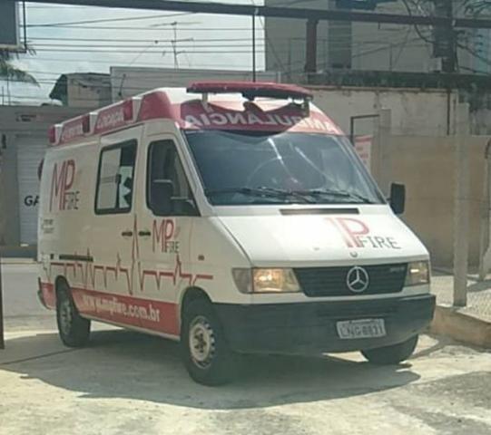 Ambulância Sprinter Básica Completa - Foto 7