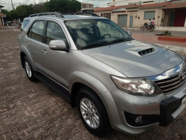 Hilux SW4 15/15