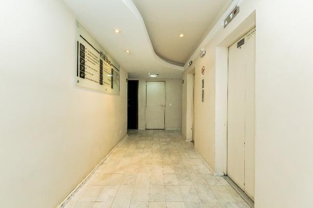 Sala comercial,1 vaga de garagem-Batel-CJ0006