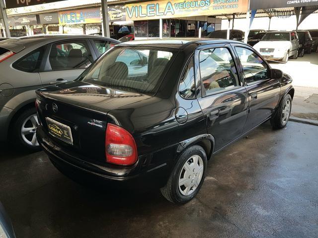 GM - Chevrolet Classic ano 2006 com Kit gas legalizado ate 2021