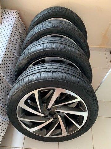 Jogo de rodas novo  aro 17 com pneus novos - Foto 4