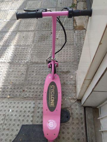 Vendo ou Troco  Patinete elétrico ciclone - Foto 3