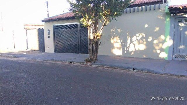 Casa com 3 dormitórios à venda, 184 m² por R$ 279.000,00 - Jardim Vânia Maria - Bauru/SP