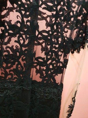 vestido preto com transparência  - Foto 4
