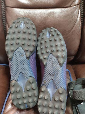 Chuteira Society Adidas Nemeziz Messi 19.3 TF  + caneleira Adidas - Foto 2