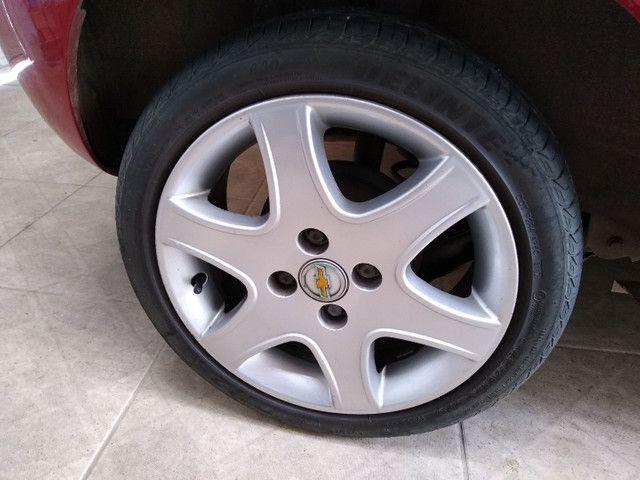 Roda Astra aro 15 GM 4x100 com pneu