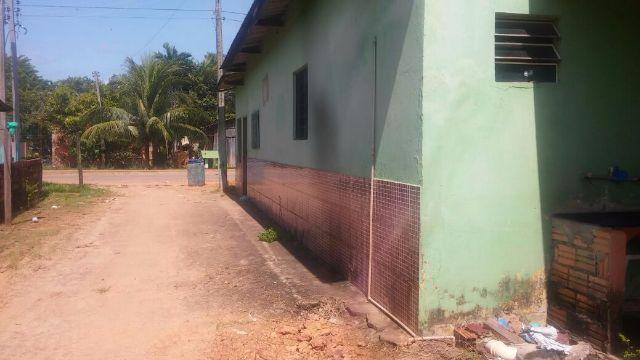 Vila de apartamentos e casa em Humaita