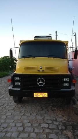 Mercedes 1113 - Foto 2