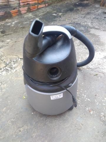 Vendo aspirador de pó Electrolux R$200