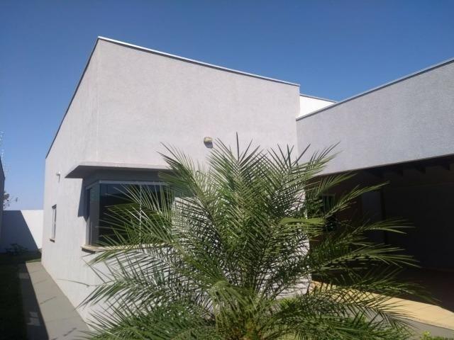 Linda Casa Rica no blindex Vila Nasser com quintal amplo - Foto 16