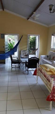Aluga se uma casa na praia do coqueiro Luís!