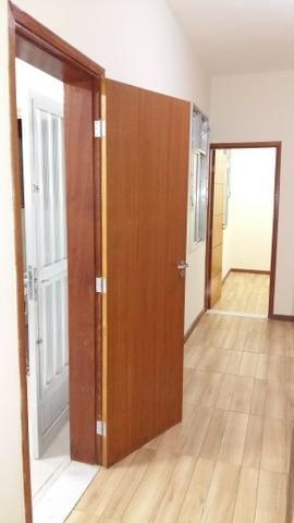 Alugo casa reformada no Engenho Novo, sala, 03(três) quartos e dependências - Foto 4