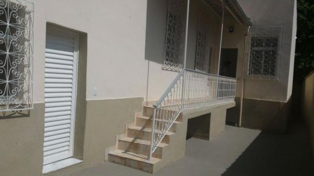 Alugo casa reformada no Engenho Novo, sala, 03(três) quartos e dependências - Foto 2