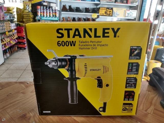 Furadeira parafusadeira stanley 600w R$175,00 a vista novo sem uso com garantia - Foto 3