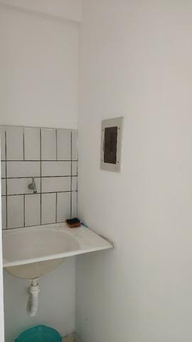 Alugo Apartamento 70 mt² 2/4 prox Av Maria Quitéria garagem coberta tx cond incluída - Foto 15