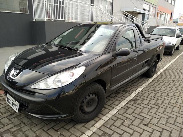 Vendo ou troco Peugeot hoggar 2013 R$ 18.500