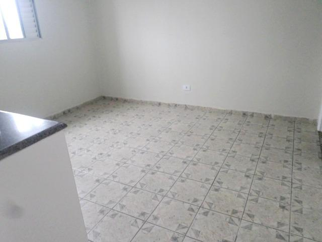 01 dormitório para locação no Parque São Vicente - São Vicente - Foto 12
