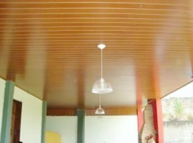 Forro de PVC 20cm - Branco/ Marfim / Jacarandá - Foto 3