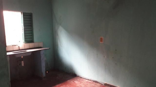 Casa 02 qts na Qr 315 em Sª Maria. Aceita financiamento!!! - Foto 2
