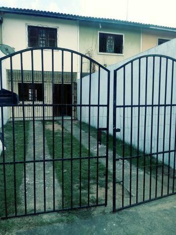 Casa duplex Itaperi com 02 quartos sendo 01 suite 02 vagas