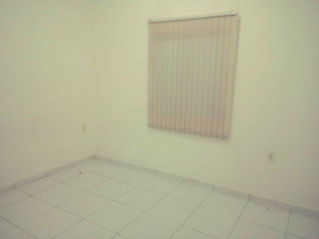 Vendo ou Alugo casa com 3 quartos, a 2 km do Centro do Aquiraz (Repasse) - Foto 13