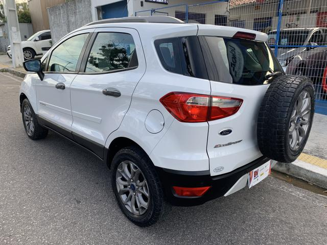 Ford Ecosport Freestyle 2015 - Foto 4