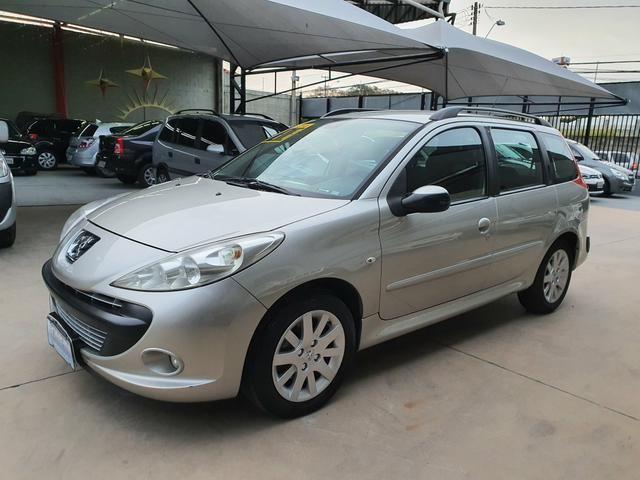 Peugeot 207 sw xs automática 2011 - Foto 2
