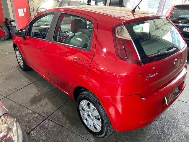Fiat Punto Essence 1.8 16v 2011 - Foto 4