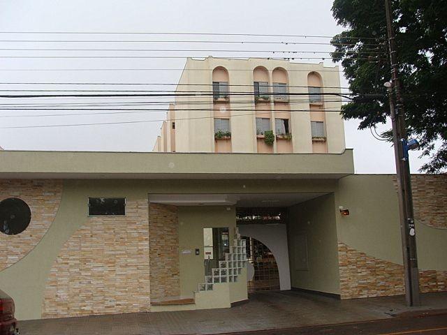 Apartamento para alugar com 3 dormitórios em Zona 03, Maringa cod:01165.001