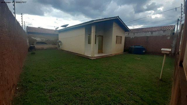 Casa para Venda em Várzea Grande, Santa Isabel, 2 dormitórios, 2 banheiros, 2 vagas