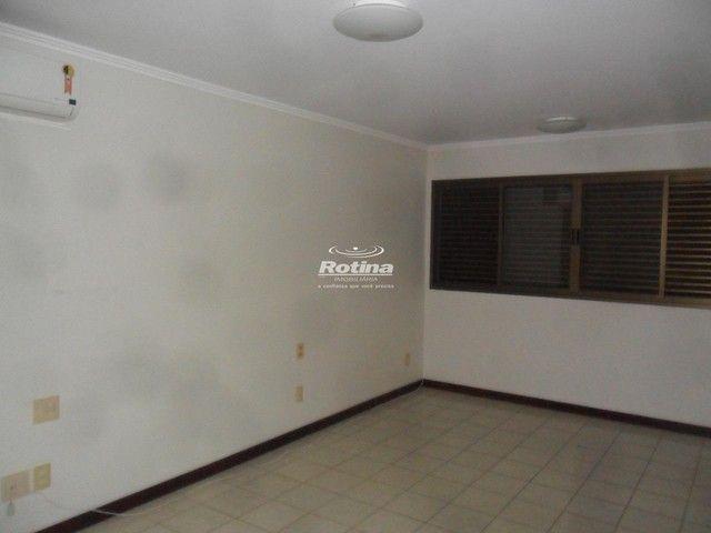 Apartamento para aluguel, 4 quartos, 2 suítes, 3 vagas, Saraiva - Uberlândia/MG - Foto 8